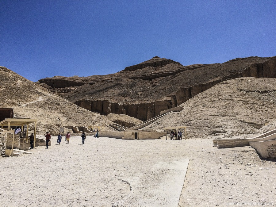 11nile-valley-of-the-kings-and-the-temple-of-hatshepsut.jpg