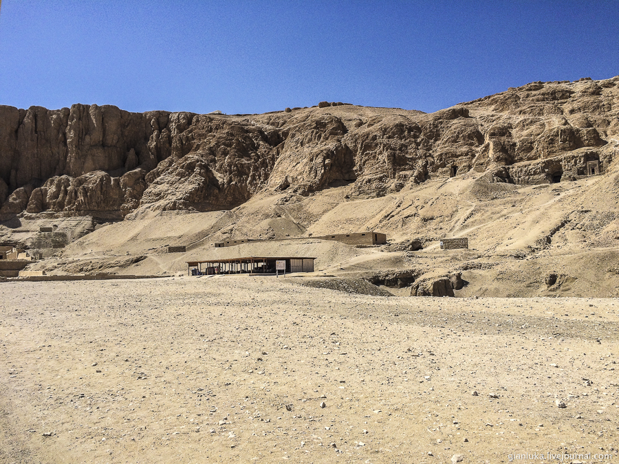 18nile-valley-of-the-kings-and-the-temple-of-hatshepsut.jpg