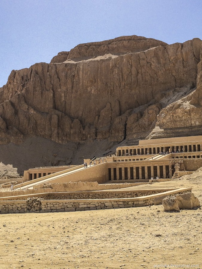24nile-valley-of-the-kings-and-the-temple-of-hatshepsut.jpg