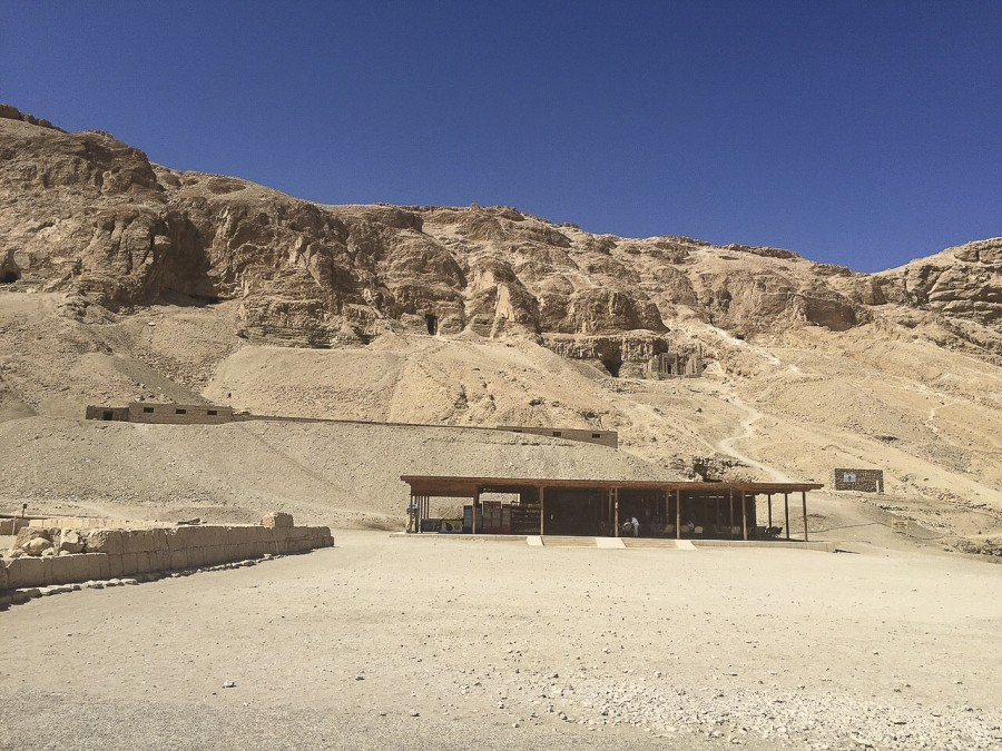 27nile-valley-of-the-kings-and-the-temple-of-hatshepsut.jpg