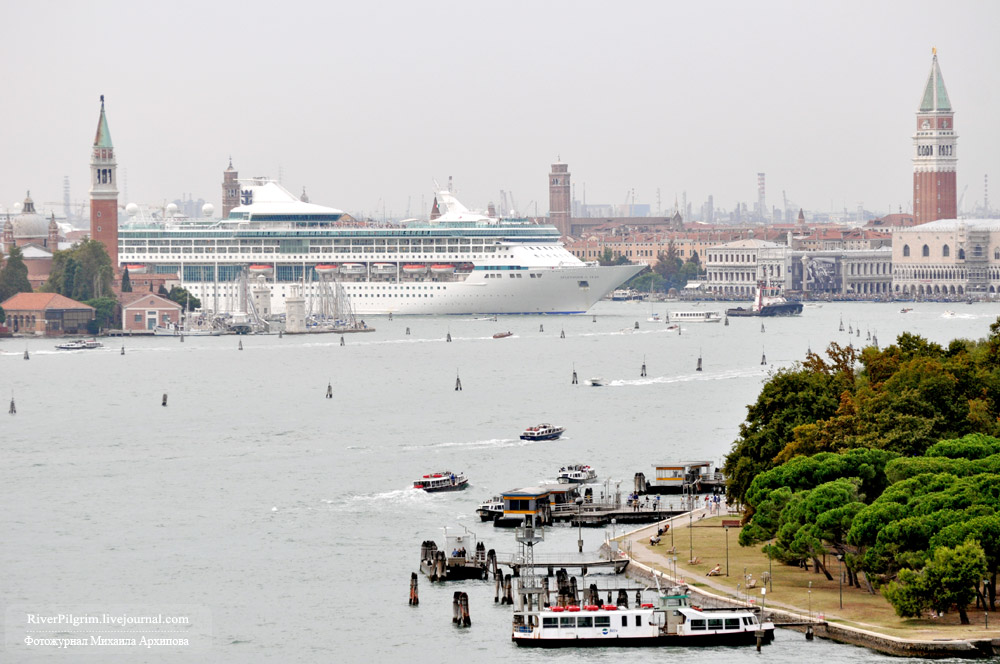 10general-view-of-venice-italy.jpg