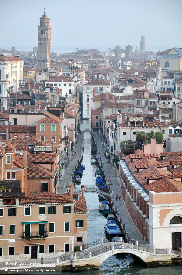 13general-view-of-venice-italy.jpg
