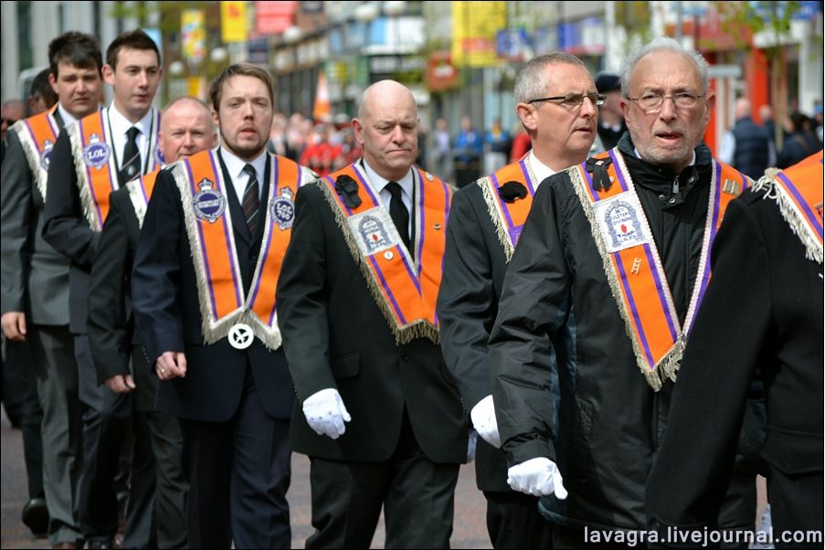 14unionist-parade-in-belfast-uk.jpg