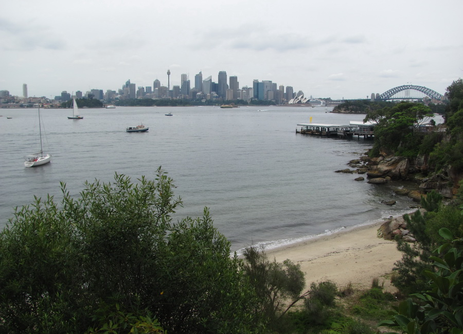 15sydney-walking-through-the parks-and-waterfronts.jpg