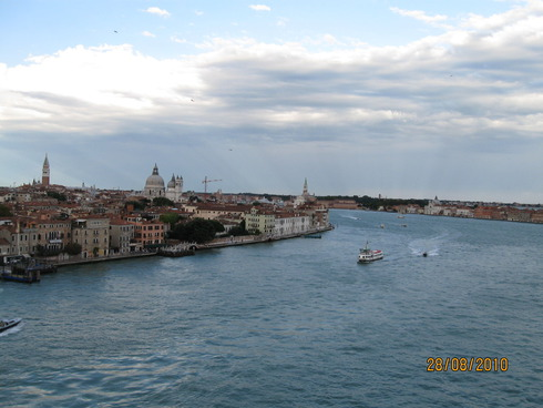1cruise-on-the-mediterranean-sea-venice-10.jpg
