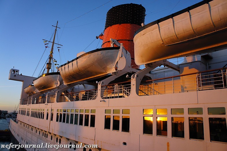 1los-angeles-queen-mary-ship.jpg