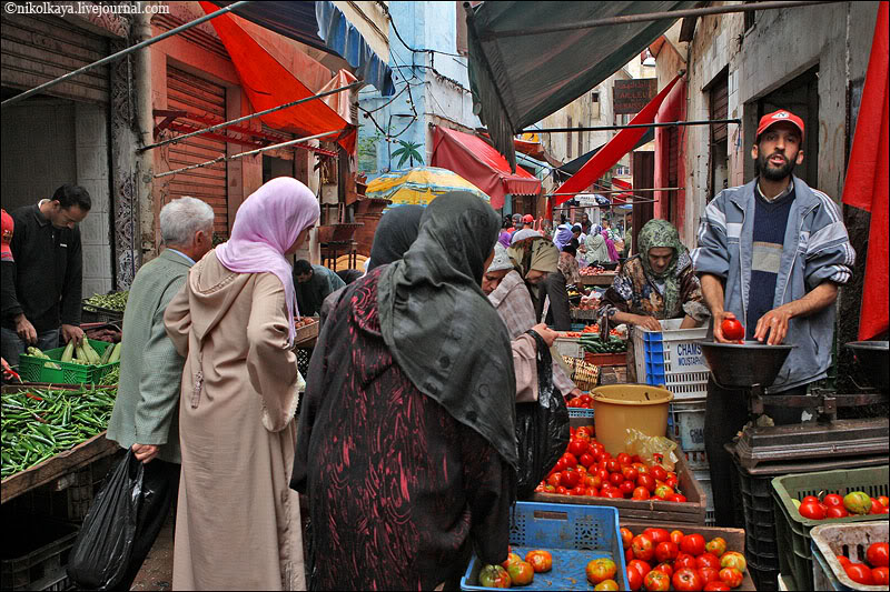 1morocco-walking-around-casablanca.jpg