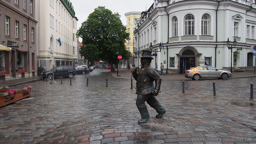 1tallinn-if-you-dont-have-a-plan-just-wander-around-the-city.jpg