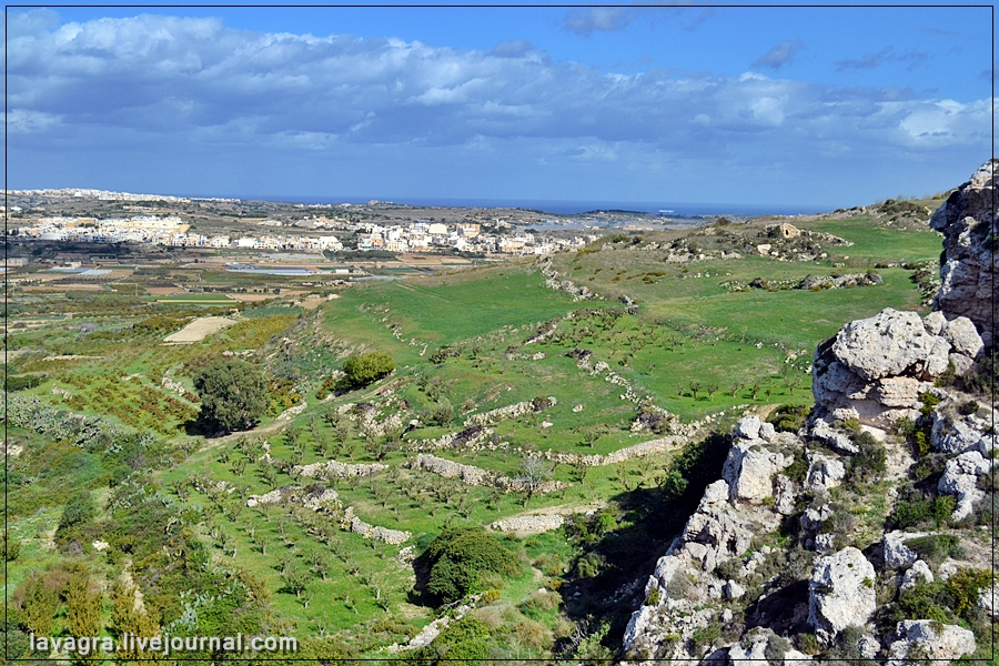 1temples-and-burial-mounds-of-malta.jpg