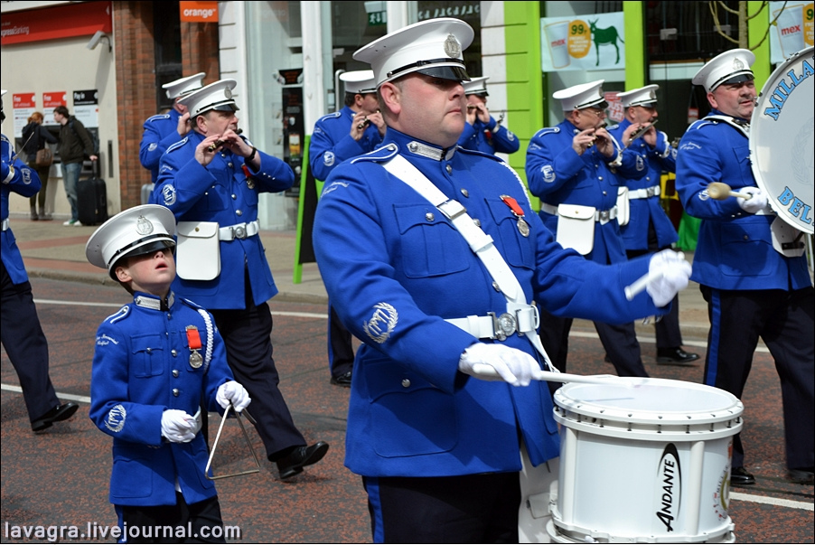 1unionist-parade-in-belfast-uk.jpg