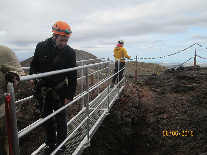 20going-to-volcano-crater-iceland.jpg
