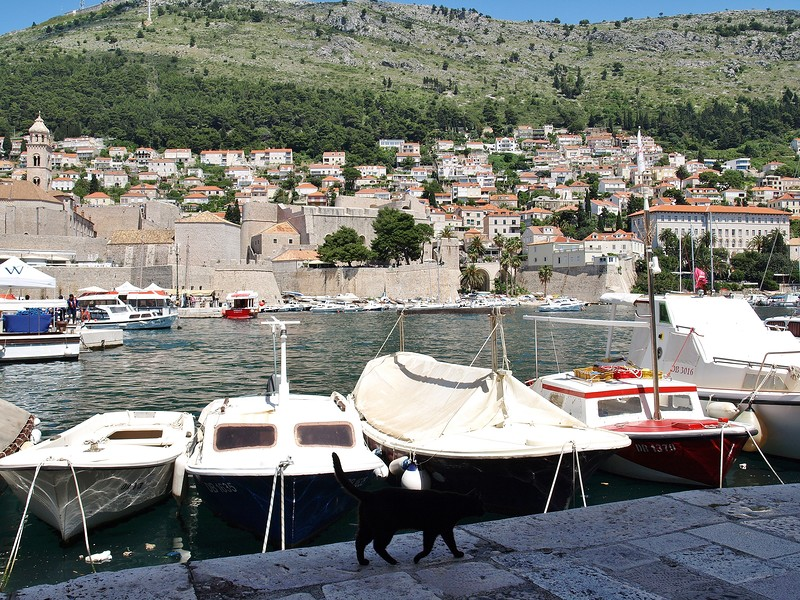 22croatia-walking-around-dubrovnik.jpg
