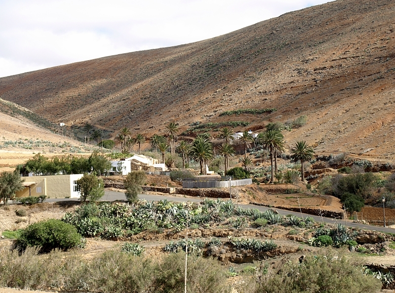 24fuerteventura-betancuria-and-antigua.jpg