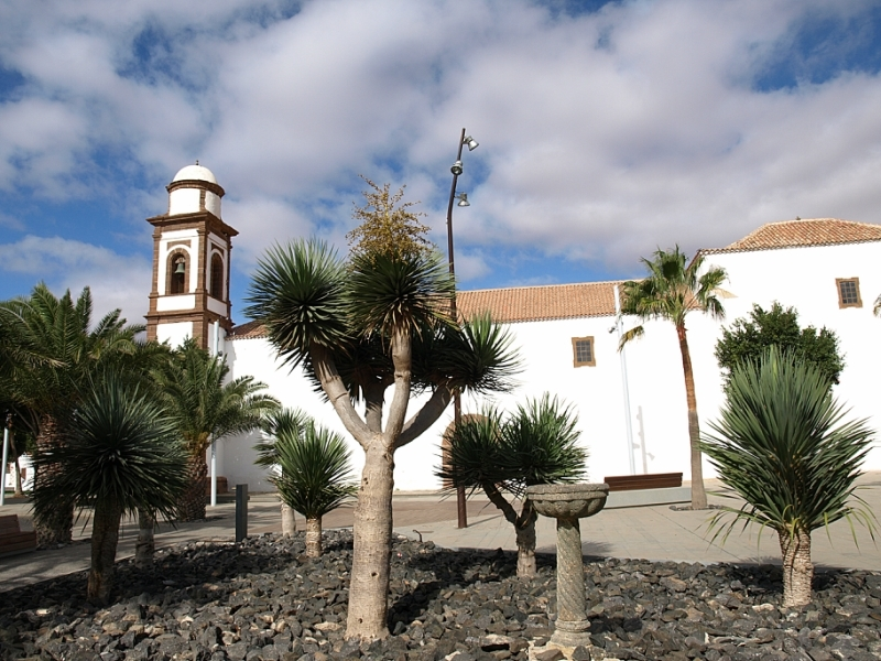 27fuerteventura-betancuria-and-antigua.jpg
