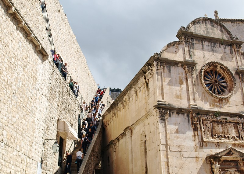 28croatia-walking-around-dubrovnik.jpg