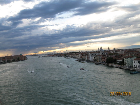 2cruise-on-the-mediterranean-sea-venice-10.jpg