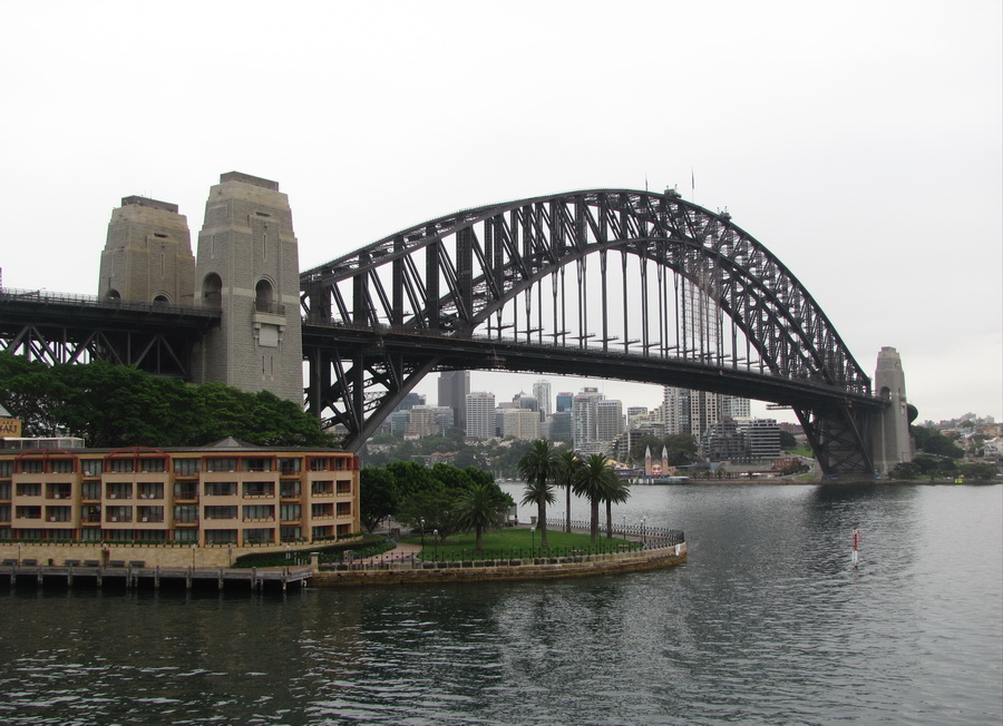 2sydney-walking-through-the parks-and-waterfronts.jpg