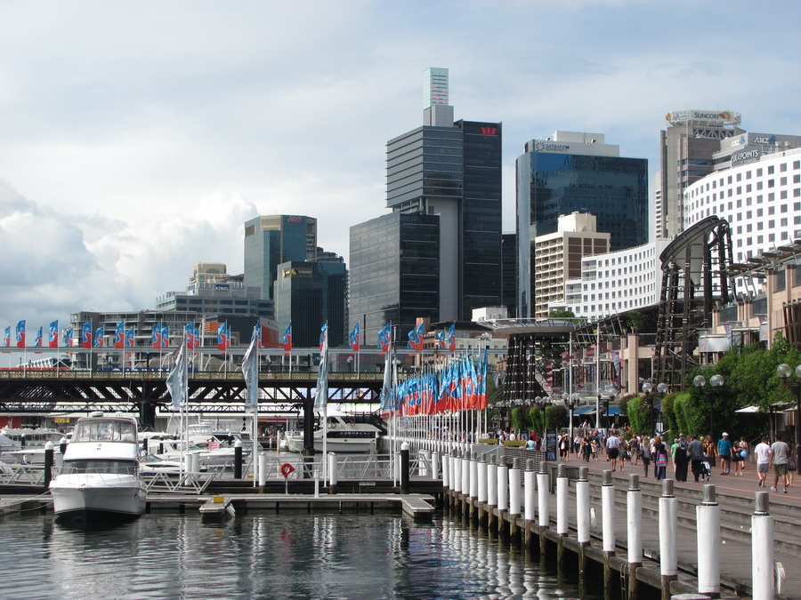 35sydney-walking-through-the parks-and-waterfronts.jpg