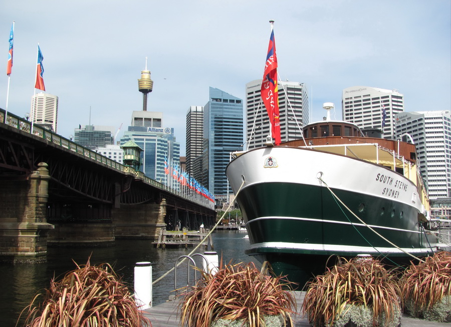36sydney-walking-through-the parks-and-waterfronts.jpg