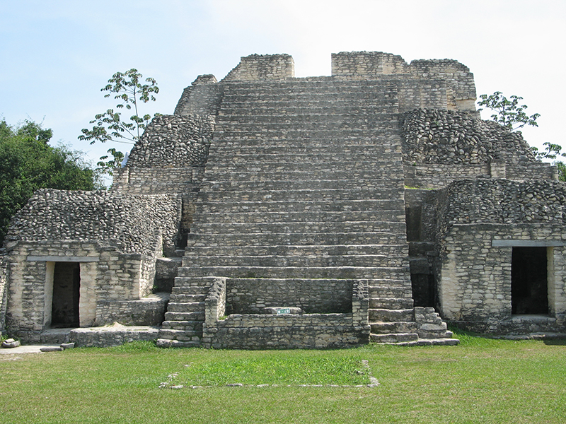 3caracol-ancient-maya-archaeological-site-in-belize.jpg