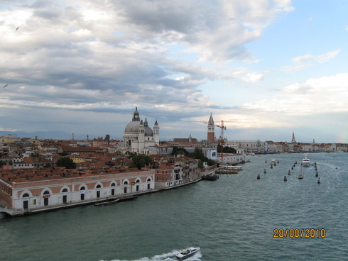 3cruise-on-the-mediterranean-sea-venice-10.jpg