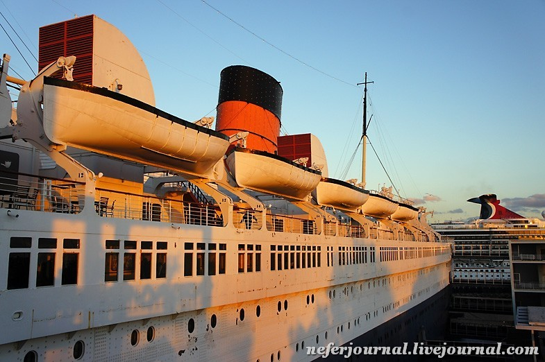 3los-angeles-queen-mary-ship.jpg