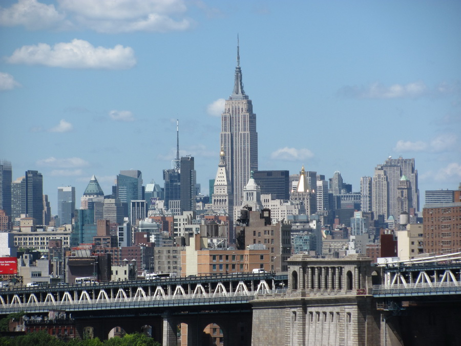 45new-york-walk-on-the-east-river.jpg