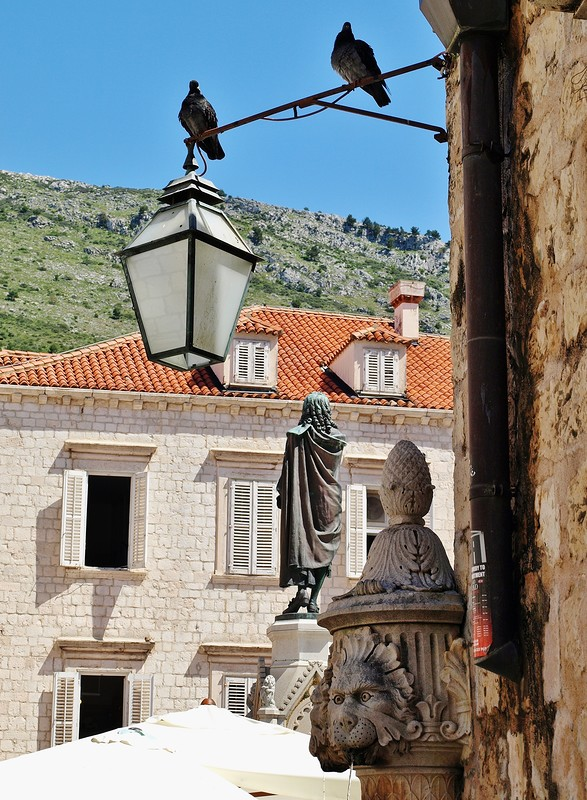 47croatia-walking-around-dubrovnik.jpg