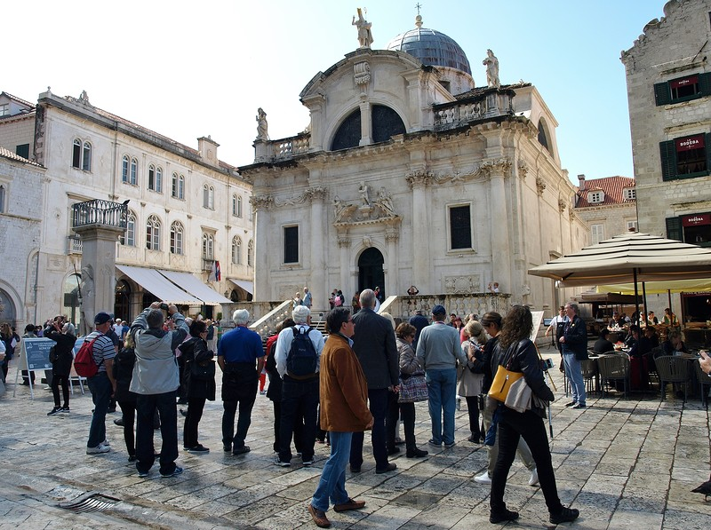 49croatia-walking-around-dubrovnik.jpg