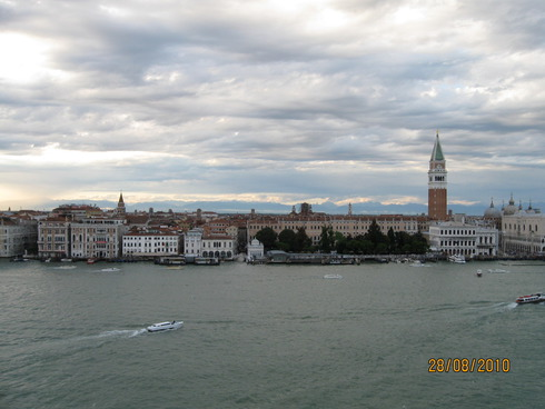 4cruise-on-the-mediterranean-sea-venice-10.jpg
