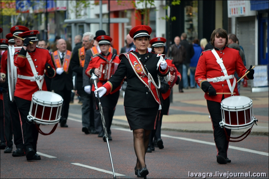 5unionist-parade-in-belfast-uk.jpg