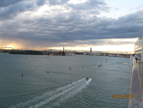 8cruise-on-the-mediterranean-sea-venice-10.jpg