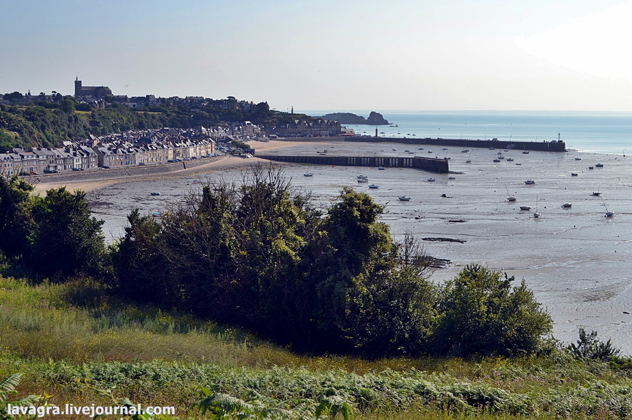 8top-10-beaches-of-normandy.jpg