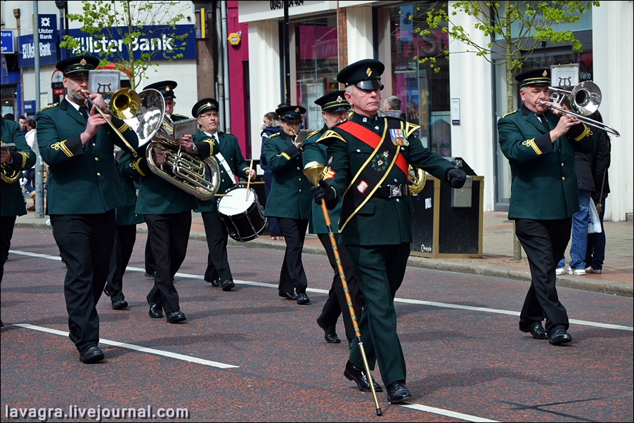 8unionist-parade-in-belfast-uk.jpg