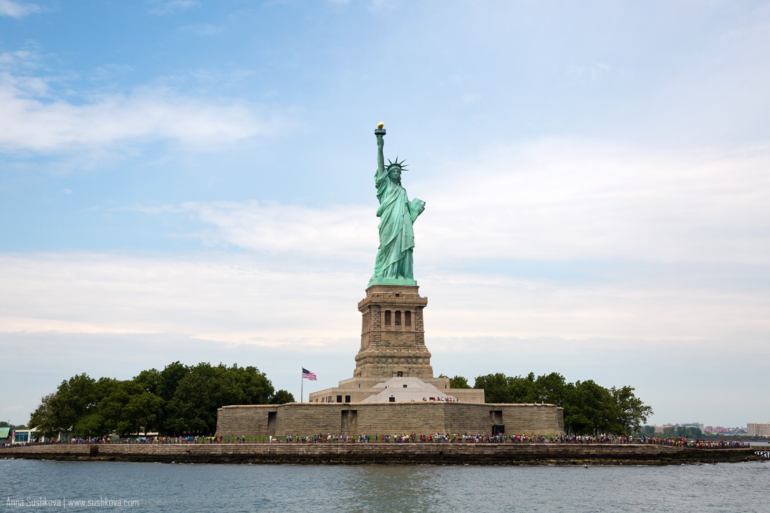 13nyc-the-statue-of-liberty.jpg
