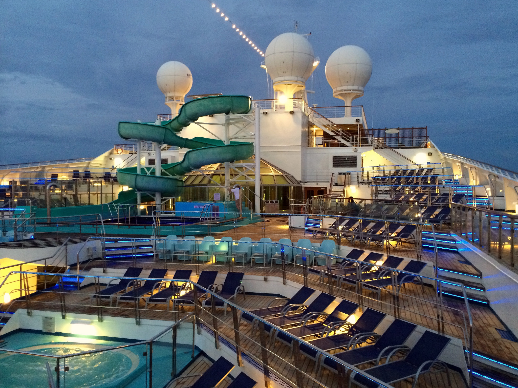 Renovated Carnival Glory Gets an Exciting Onboard Aqua ...