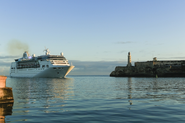 1empress-of-the-seas-visits-cuba.jpg