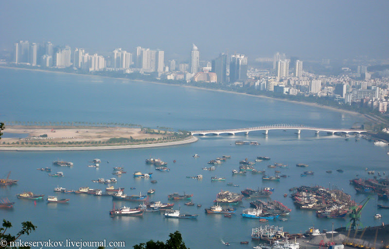 26chinese-island-of-hainan.jpg