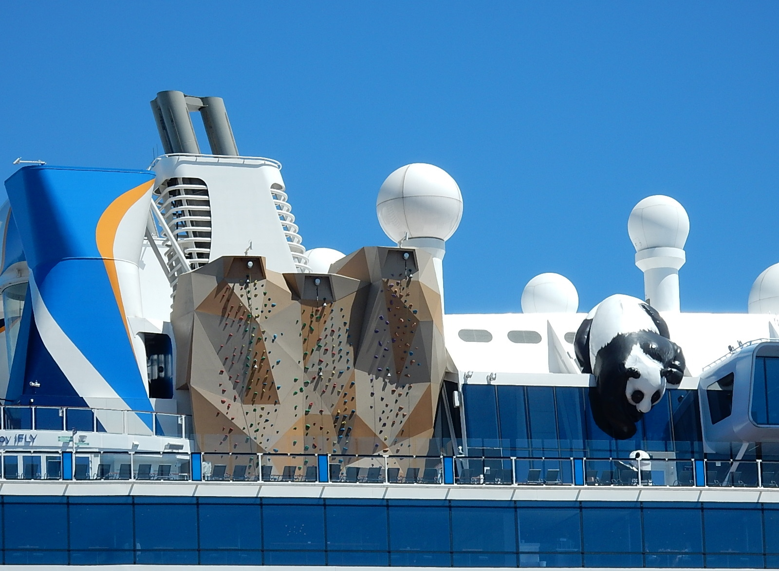 3extreme-on-board-ovationoftheseas.jpg