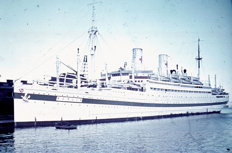 history of cruises