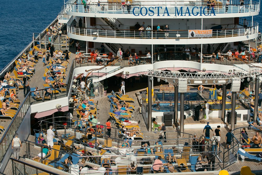 67sea-cruise-on-the-costa-magica.jpg