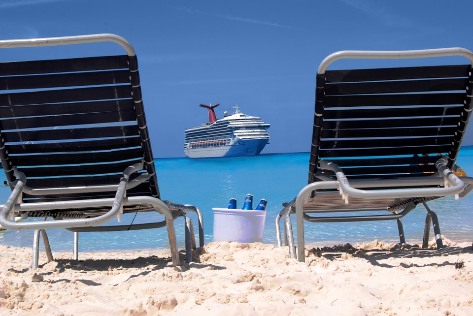 half-moon-cay-carnival-elation-unique-cruise.jpg