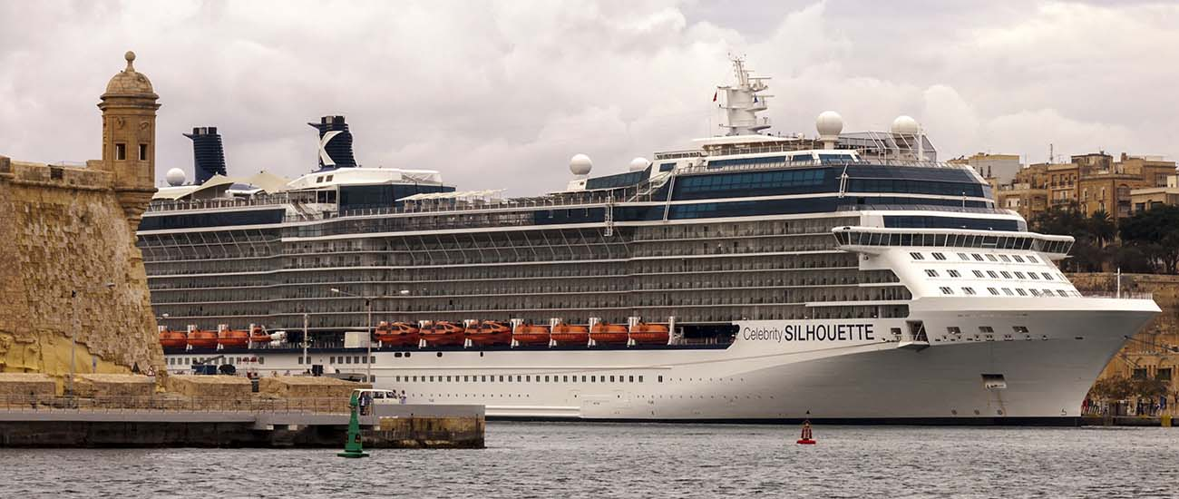 Celebrity Silhouette © Mike1979 Russia/Wiki/CC BY-SA 3.0