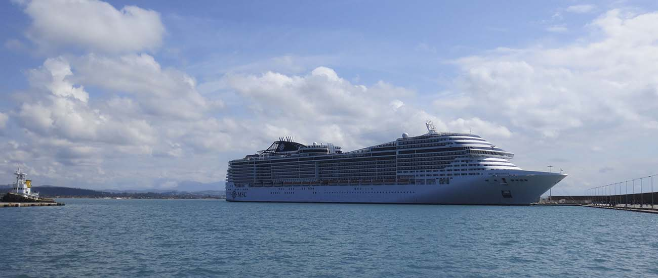 MSC Preziosa © Ste Hargreaves/Flickr/CC BY 2.0