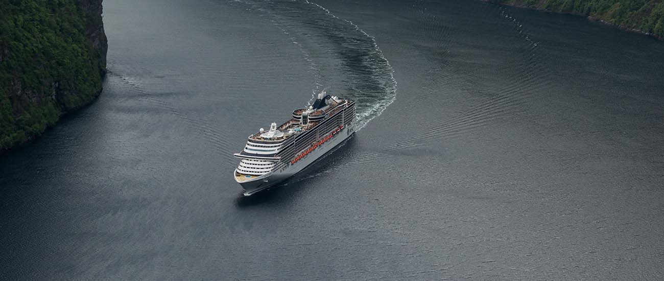 MSC Splendida | Activities, cabins, deck plans, reviews ...