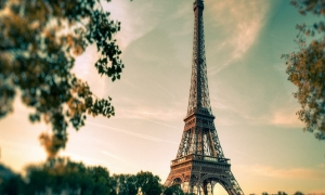 The MOST Famous Places to Visit in Paris, France