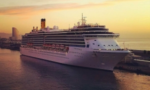 Inspiring pictures of cruise ships by @cruisetotravel