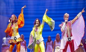 A scene from the Mamma Mia! musical / Photo courtesy of Royal Caribbean International