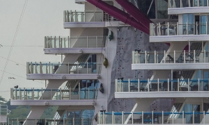 ​Symphony of the Seas: 10 Days Left