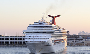 """© <a href=""""https://commons.wikimedia.org/wiki/File:Carnival_Freedom_(8616810574).jpg"""" target=""""_blank"""" rel=""""nofollow"""">Jonathan Palombo/Wikimedia</a>/<a href=""""https://creativecommons.org/licenses/by/2.0/deed.en"""" target=""""_blank"""" rel=""""nofollow"""">CC BY 2.0</a>"""